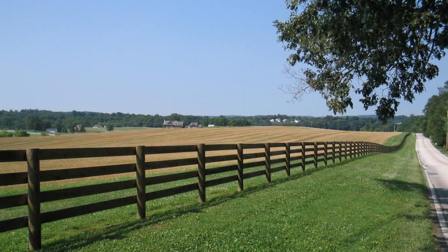 Installing A Chain-Link Gate On Your Property? Read This First!