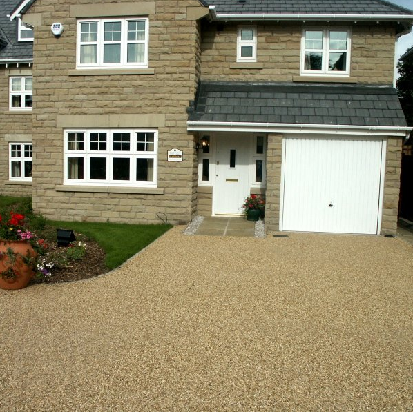 Enhancing Your Home With Resin Bound Surfaces