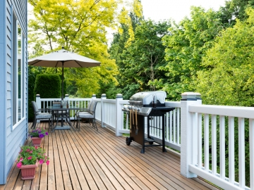 Reasons To Consider Building A Deck On Your Home
