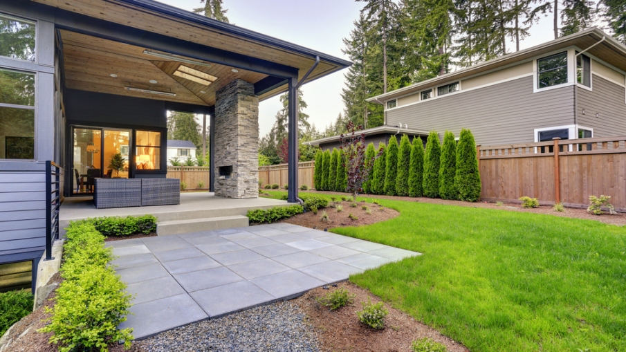 Three Budget Based Options For Backyard Makeovers