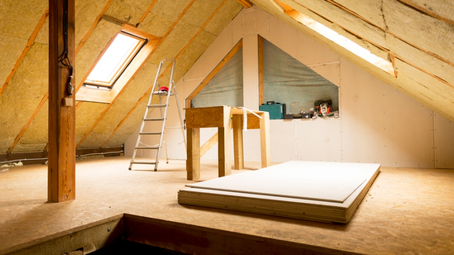 5 Reasons to Insulate Your Attic